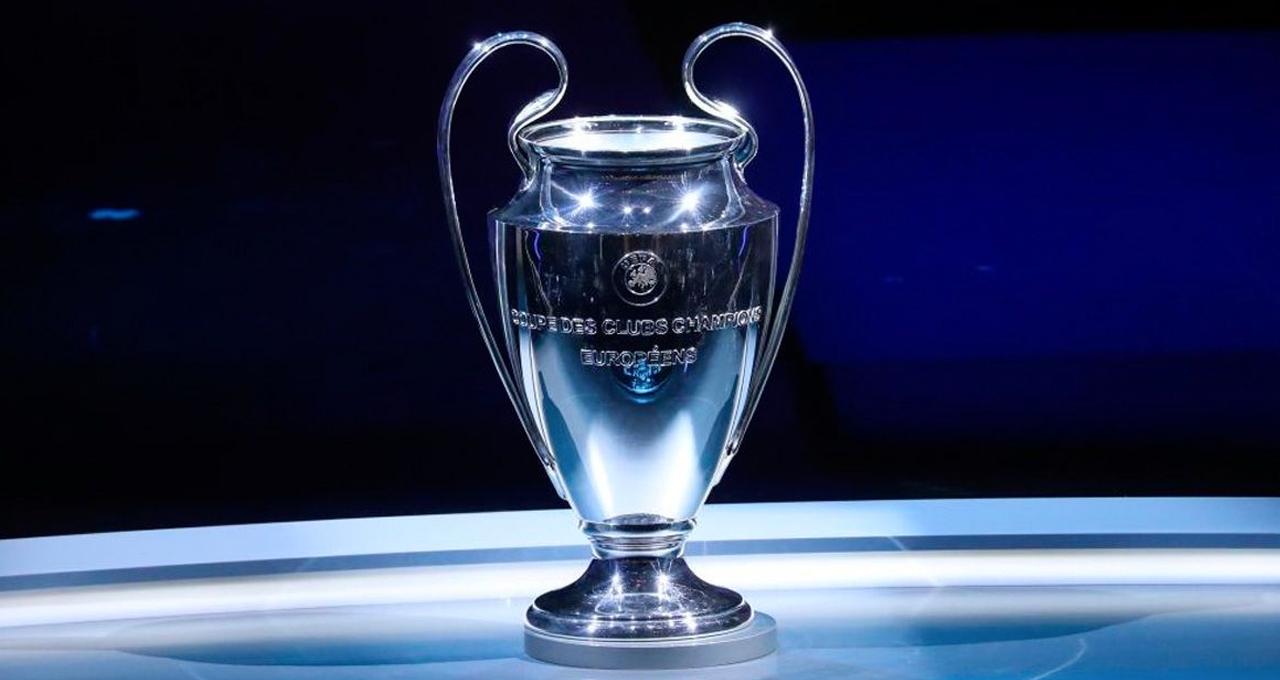 Nissan presenta el trofeo de la UEFA Champions League - En la zona ...